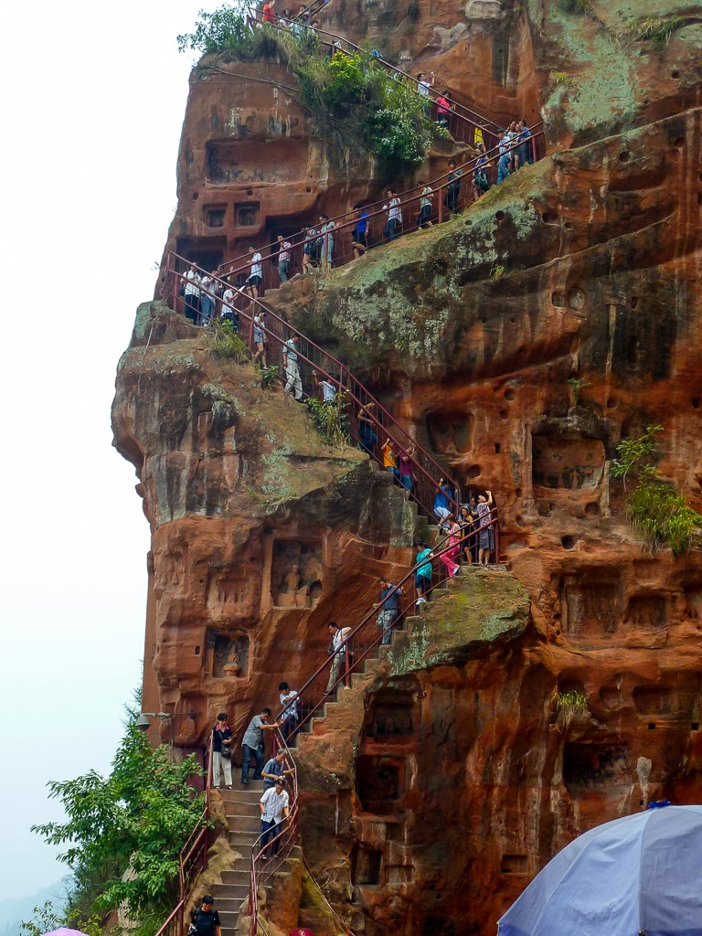 mxcpThe+cliff+steps+leading+down.jpg