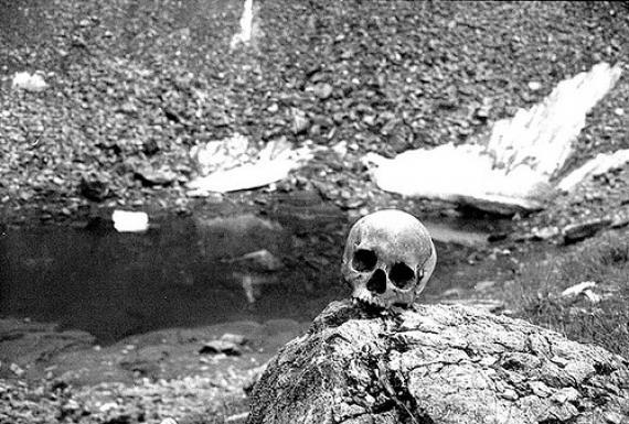 the-skeleton-lake-of-roopkund-india.jpg