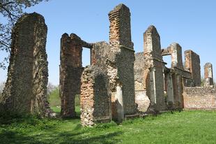 Tudor kastély romja mely 1140-es apácazárdára épűlt (Sopwell Nunnery) / St. Albans, UK, 85