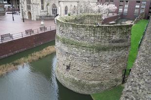 Római fal és bástya, /Moorgate, London, UK, 36