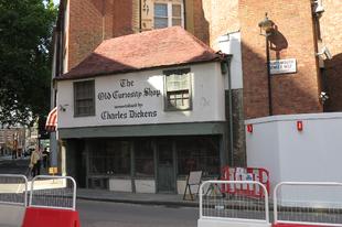 London (valószínűleg) legöregebb boltja, / Portsmouth Street, Westminster, London, 50