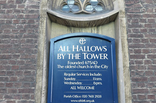 "Egy kripta római járdával, / ""All hallows by the tower"" templom, Byward St, Tower Hill, London, 73"