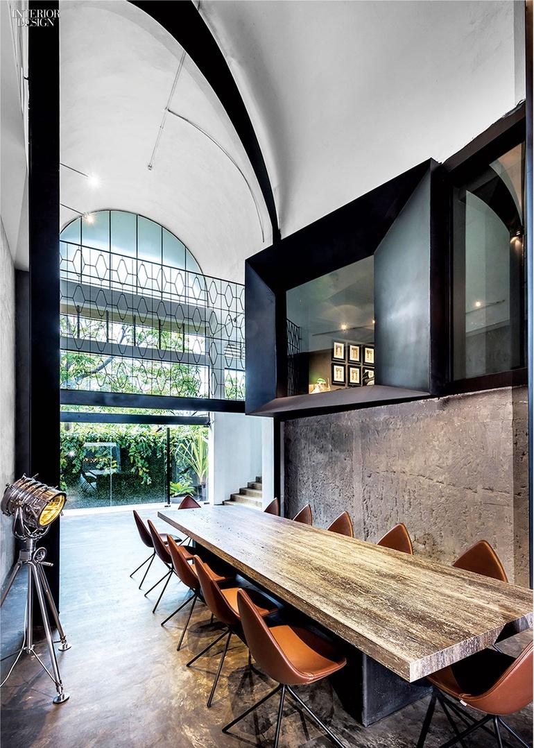 thumbs_18941-conference-table-park-associates-office-0115_jpg_770x0_q95.jpg