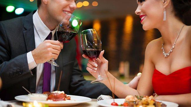 093411-romantic-dinner1.jpg