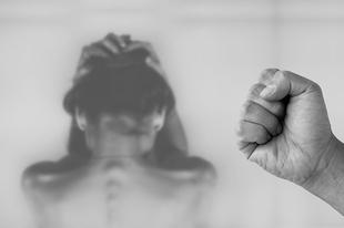 Üzenet a nőknek, akiket vernek #értékesötletek