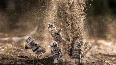 Hihetetlenül kreatívak a magyar fotós LEGO sztorijai #értékesötletek