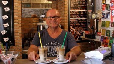 Kávéval tervezett újra, és tudni akarja, hogy mi vár rá az útja végén #értékesötletek