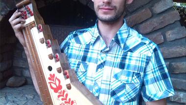 Józsi 17 évesen citerákat készített #értékesötletek