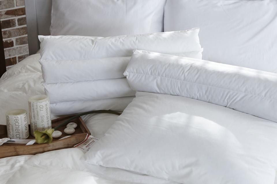 pillow-1890942_960_720.jpg
