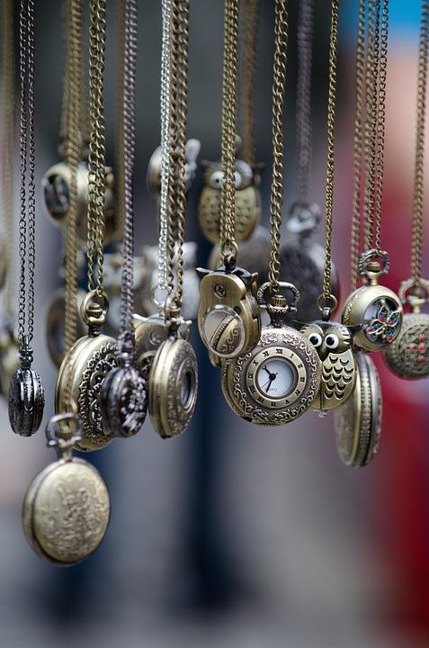 pocket-watches-436567_960_720.jpg