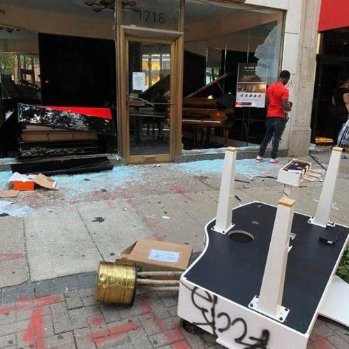 yuja_wang_on_riots_pianos_can_be_rebuilt_humans_not.jpg