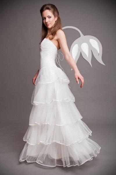 Ruhák   esküvői ruha Czinder Tímea  Myrdin http   myrdinfashion.com 257ec7a5ca