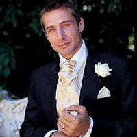 Hogyan öltözik egy vőlegény?