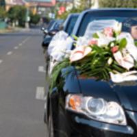 A menyasszonyi autó