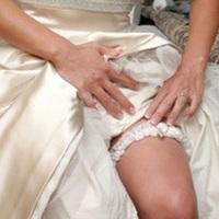 Esküvői zenék a harisnyakötő dobáshoz