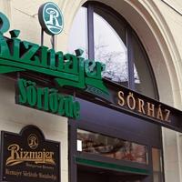 Bécsi szelet és csepeli sör: valami készül a Nagykörúton