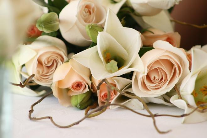 wedding-bouquet-1057157.jpg