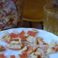 Narancslikőr és kandírozott narancshéj
