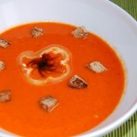 Sült paprika krémleves