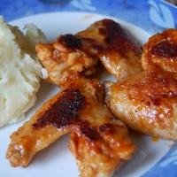 kólában, ketchupban pácolt csirkeszárnyak