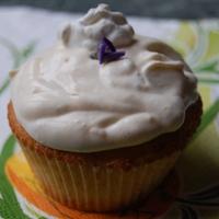 muffin (avagy cup cake) ibolyakrémmel ill. ibolyás cukormázzal