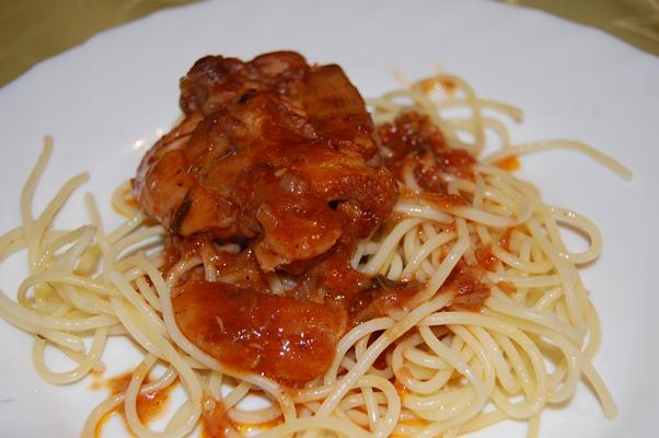 paradicsomos csirke fokhagymás spagettivel blog.JPG