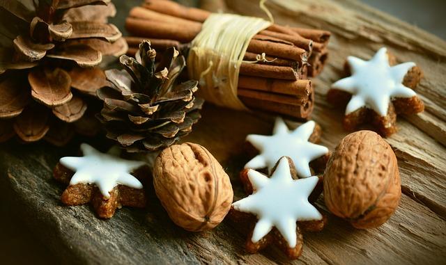 cinnamon-stars-2991174_640.jpg