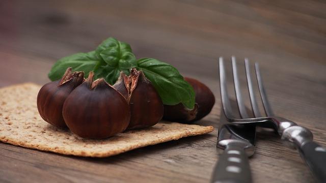 chestnut-998548_640.jpg