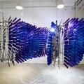 2 000 újrahasznosított HONOR üveg hátlap felhasználásával készült installációt mutattak be Hongkongban, a Művészológia kiállításon