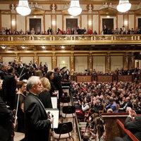 """Teljes döbbenet"""" – a színpadon is ültek a Fesztiválzenekar bécsi koncertjein"""