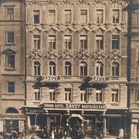 Bál a Savoyban