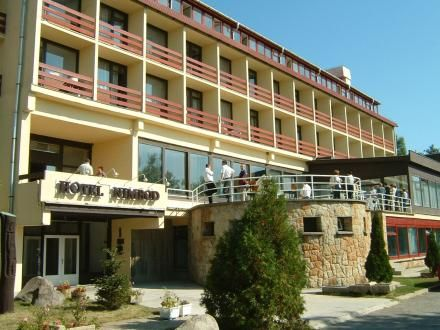 hotel_nimrod.jpg