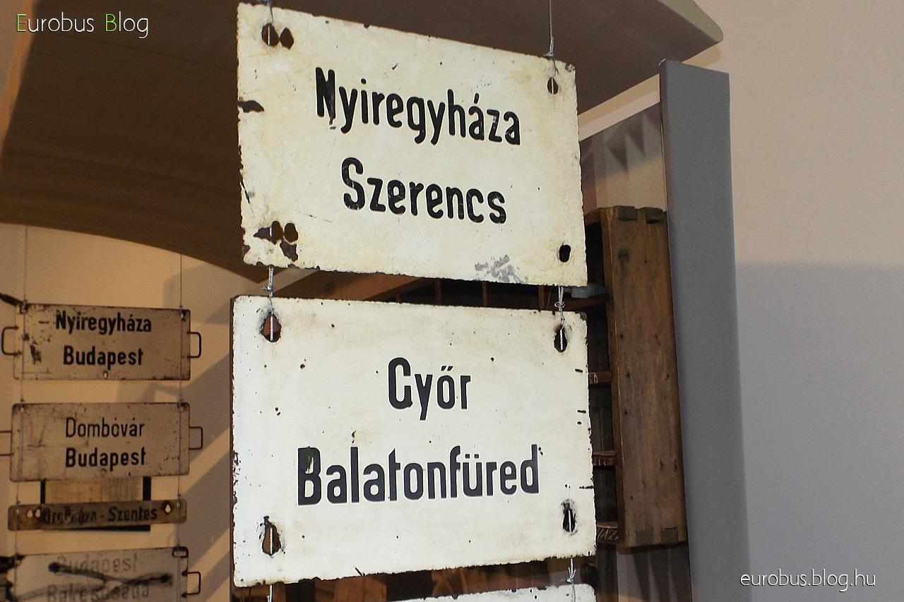 Táblagyűjtemény darabjai: Nyíregyháza - Szerencs és Győr - Balatonfüred.