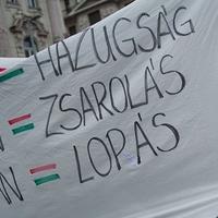 2015 nyertesei: Fidesz, DK, vesztesei: Jobbik, MSZP