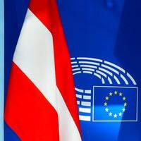 Védelmet nyújtó Európa – Bécsnél a kormányrúd