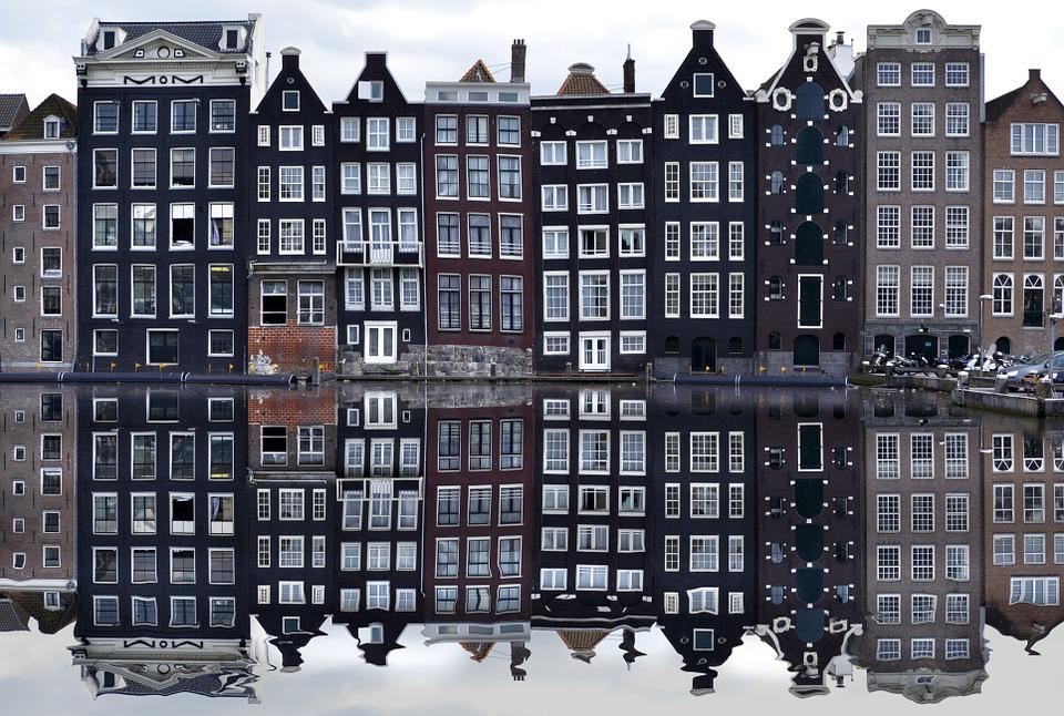 amsterdam-988047_960_720.jpg