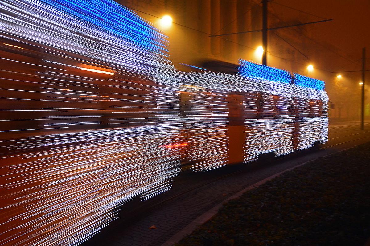 christmas_tram_budapest.jpg