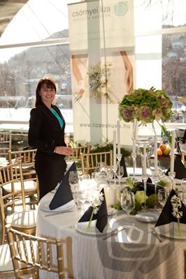 Oktató esküvőszervező.jpg