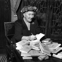 Agatha Christie, a krimik koronázatlan királynője