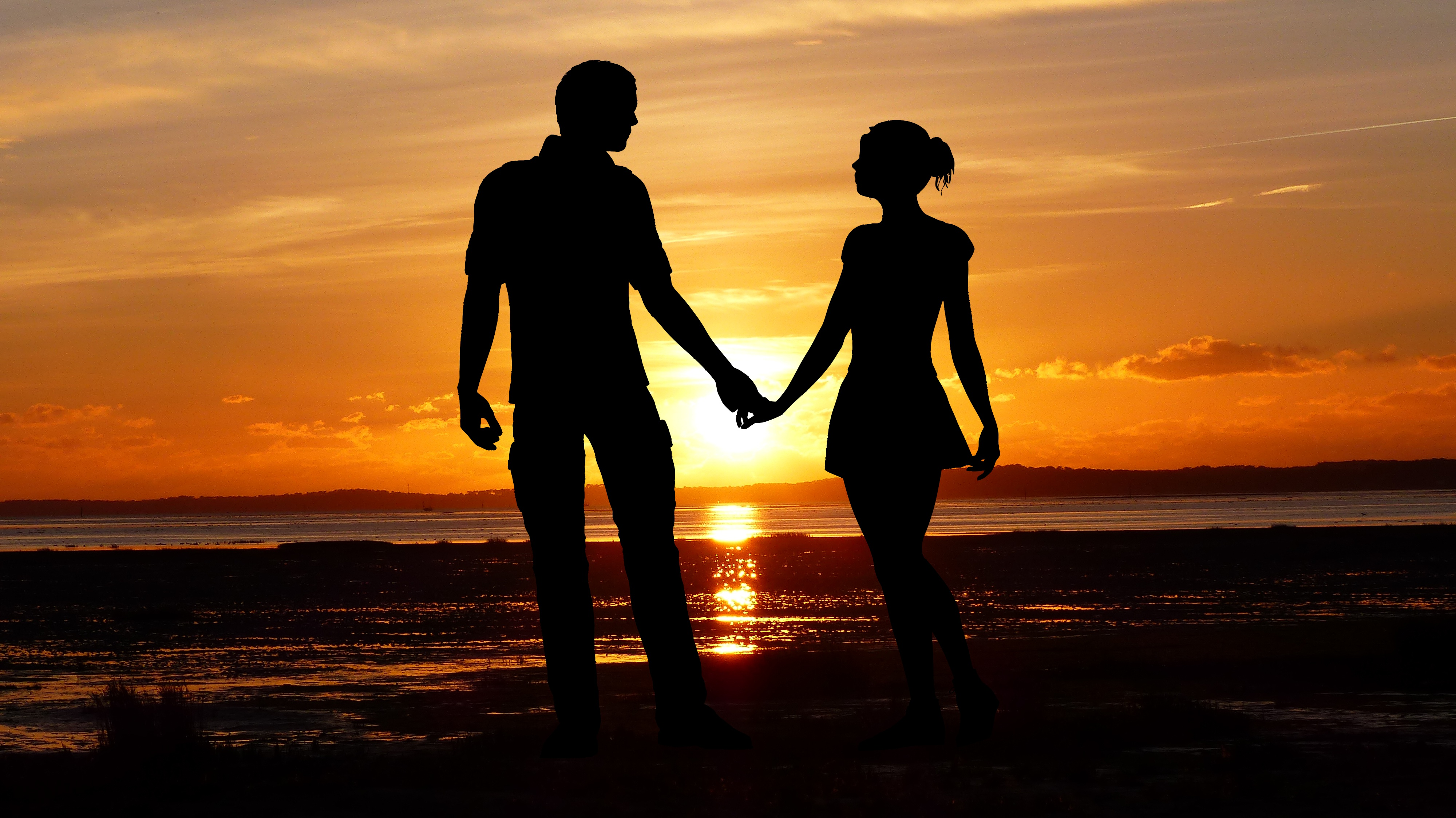 couple-beach-romantic-silhouette-sunset-seascape-together-4000x2248-1696.jpg