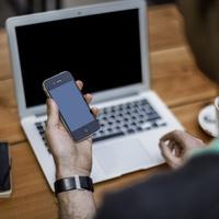 Az online függőség öt főbb tünete és csapdái