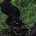 Uniciklis downhill (videó)
