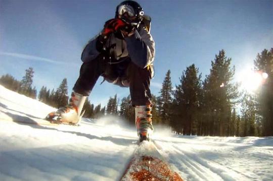 personal-jetpack-skiing-by-troy-hartman.jpg