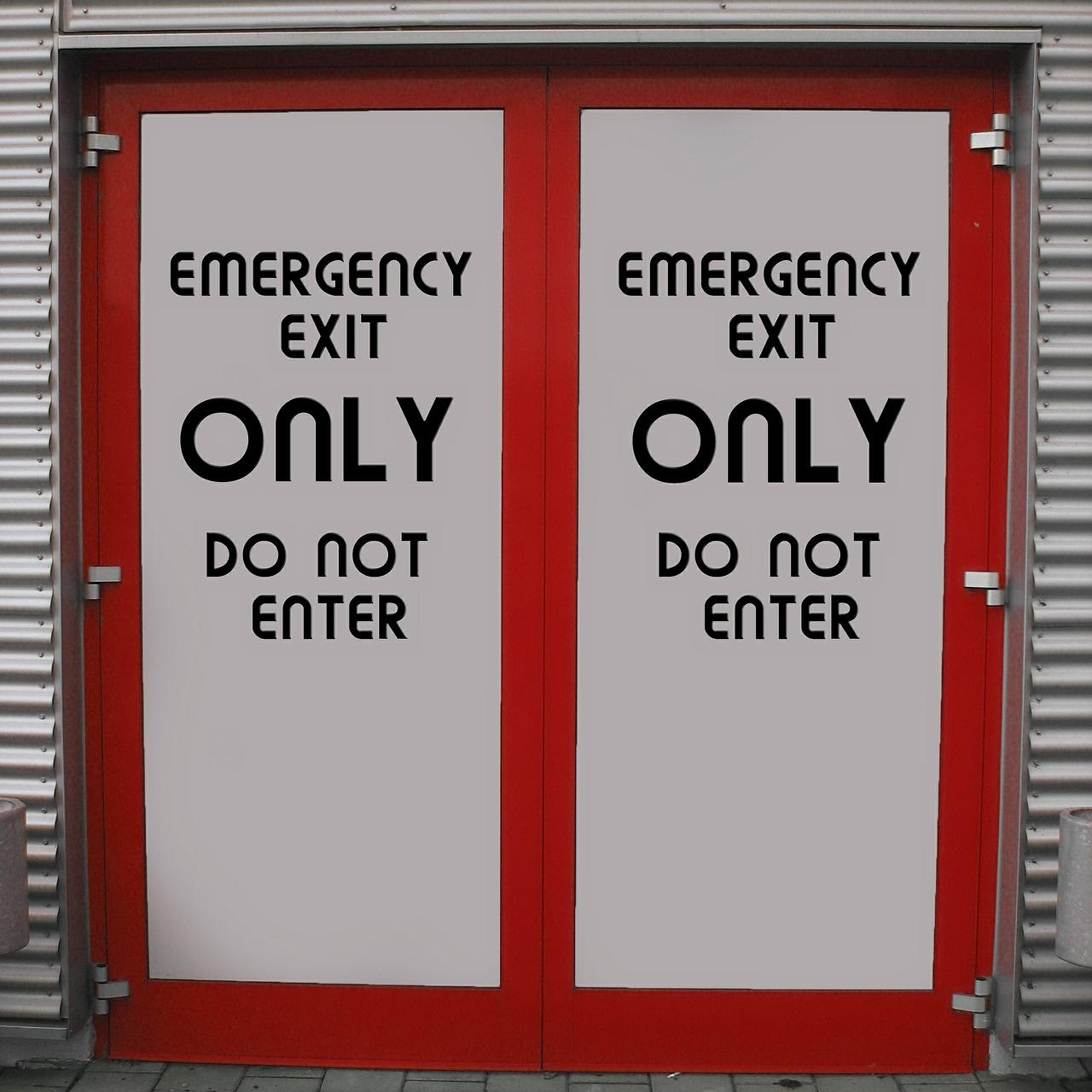 emergency-exit-476125_1280.jpg