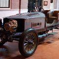 Az első négykerék-meghajtású autó