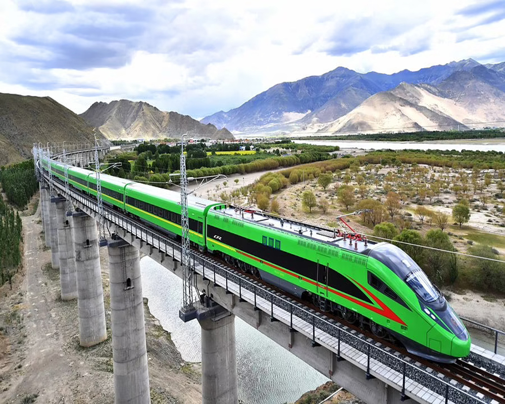 china-launches-first-bullet-train-in-tibet--close-to-indian-border-2021-06-25.jpg
