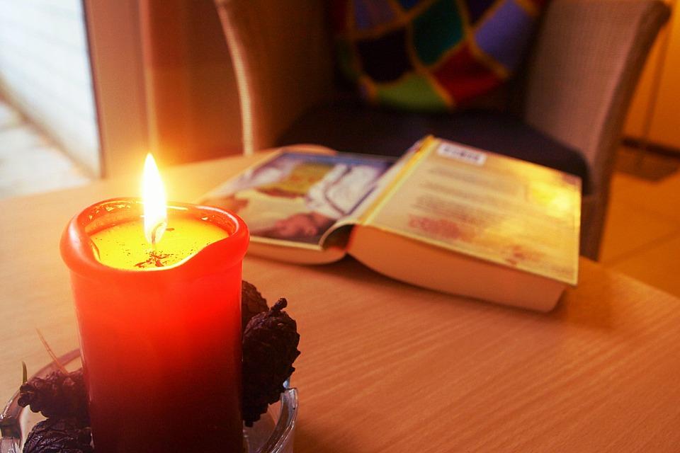 candle-895206_960_720.jpg