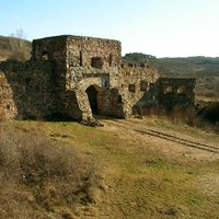 Az egri vár - csak éppen a Pilisben