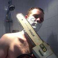 Nem könnyű borotválkozni...