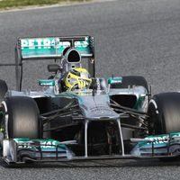 Rosberg 7 ezreddel Räikkönen előtt a barcelonai teszt nyitónapján